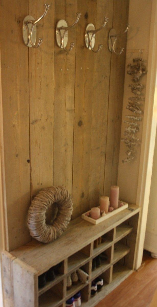 Mooie kapstok en schoenenkast steigerhout
