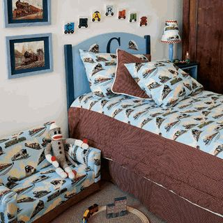 train theme bedroom | Visit our store to see more vintage kids bedding !