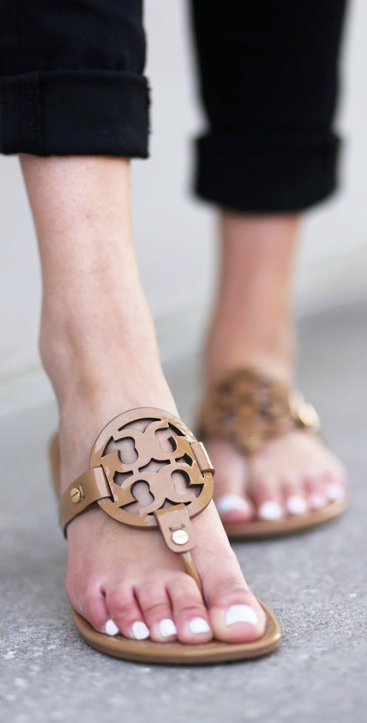 loving these tory burch flats beauty and fashion blogger mash elle shares how