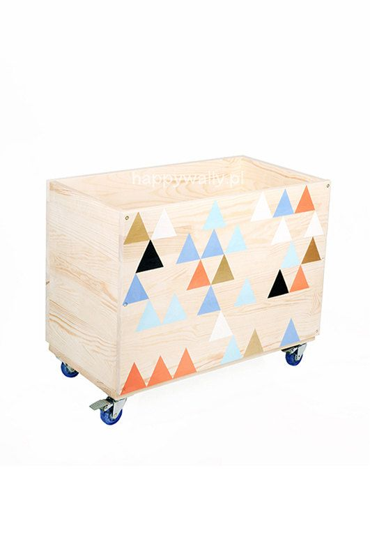 Toy storage box by NOBOBOBO