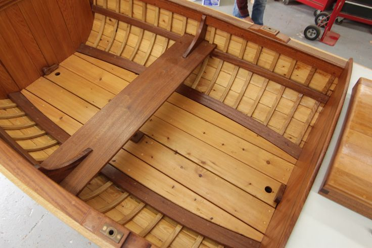 Port Hadlock WA - Northwest school of Wooden Boatbuilding - Traditional Small Craft - 1869 Powell Expedition Whitehall for the BBC - interior of the 16-foot boat | Flickr: partage de photos!