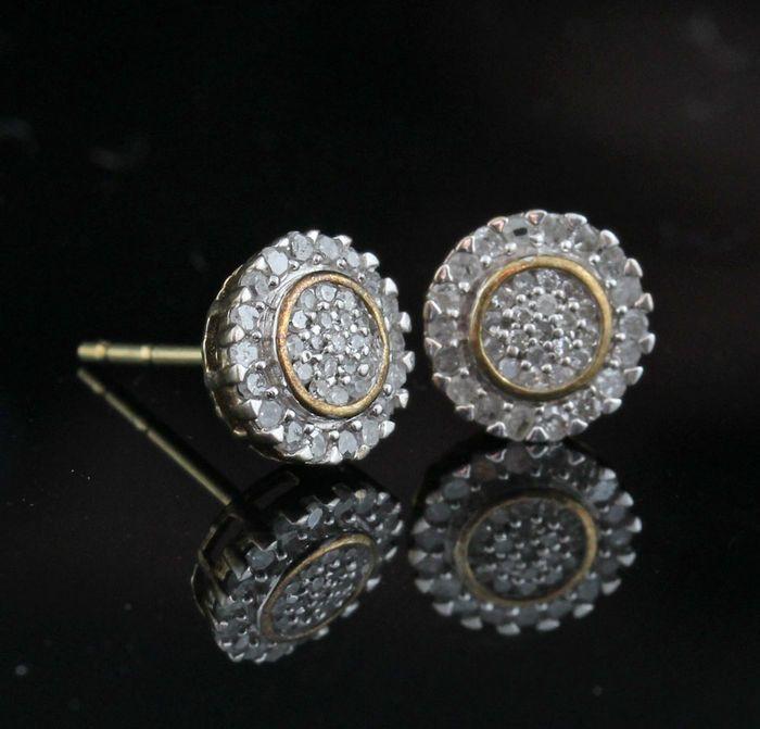 Sterling silver Earrings diamond earrings total ca. 0.40ct  Sterling silver Earrings diamond earrings total ca. 0.40ctSterling zilver wit gestempeld 925.Versierd met single-cut diamanten oorbellen in totaal ca. 0.40 ct.Kleur: Top wesselton-Wesselton-(G-H).Duidelijkheid: P2-P3.Totaal gewicht: 10 gr.Afmetingen: 8.1 x 8.1 x 14 mm.Item stuurt sieraden cadeau doos en verzekerde vervoer.196 - E5865.  EUR 27.00  Meer informatie