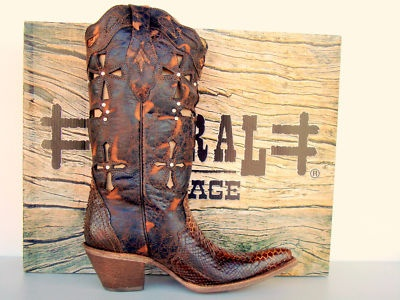 Hot cowgirl boots~
