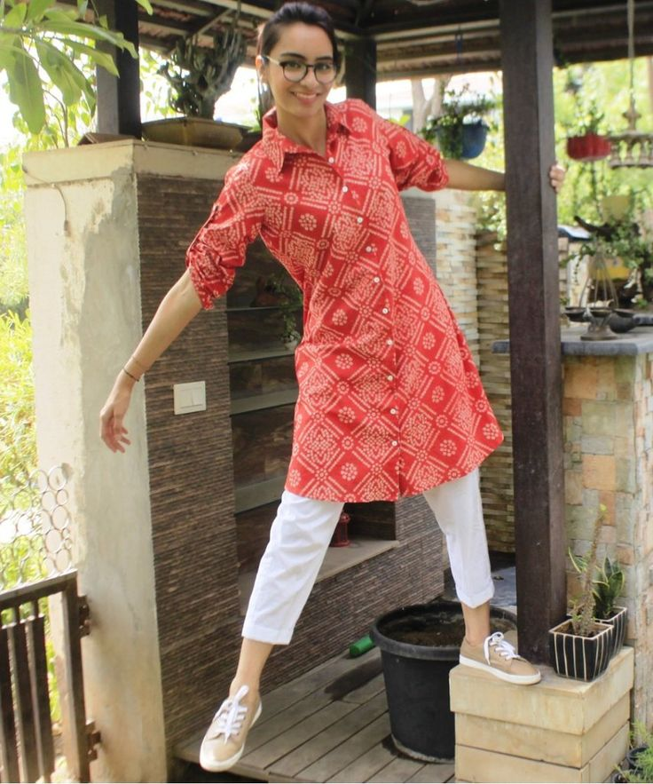 Red Bandhini Short Collared Kurti with Straight Pants
