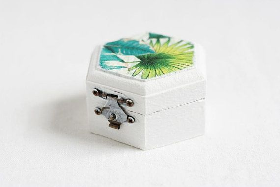 Wedding Ring Box, Ring Bearer Box, Engagement Ring Box, Rustic Ring Box, Geometric Ring Bearer, Ring Holder, Tropical Leaves, Hawaii wedding