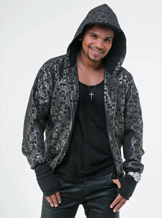 A ascensão do cantor Naldo: de engraxate a ídolo popular - http://glo.bo/12Jphgr (Foto: Rogério Cassimiro/ÉPOCA) Como Mágica!!!