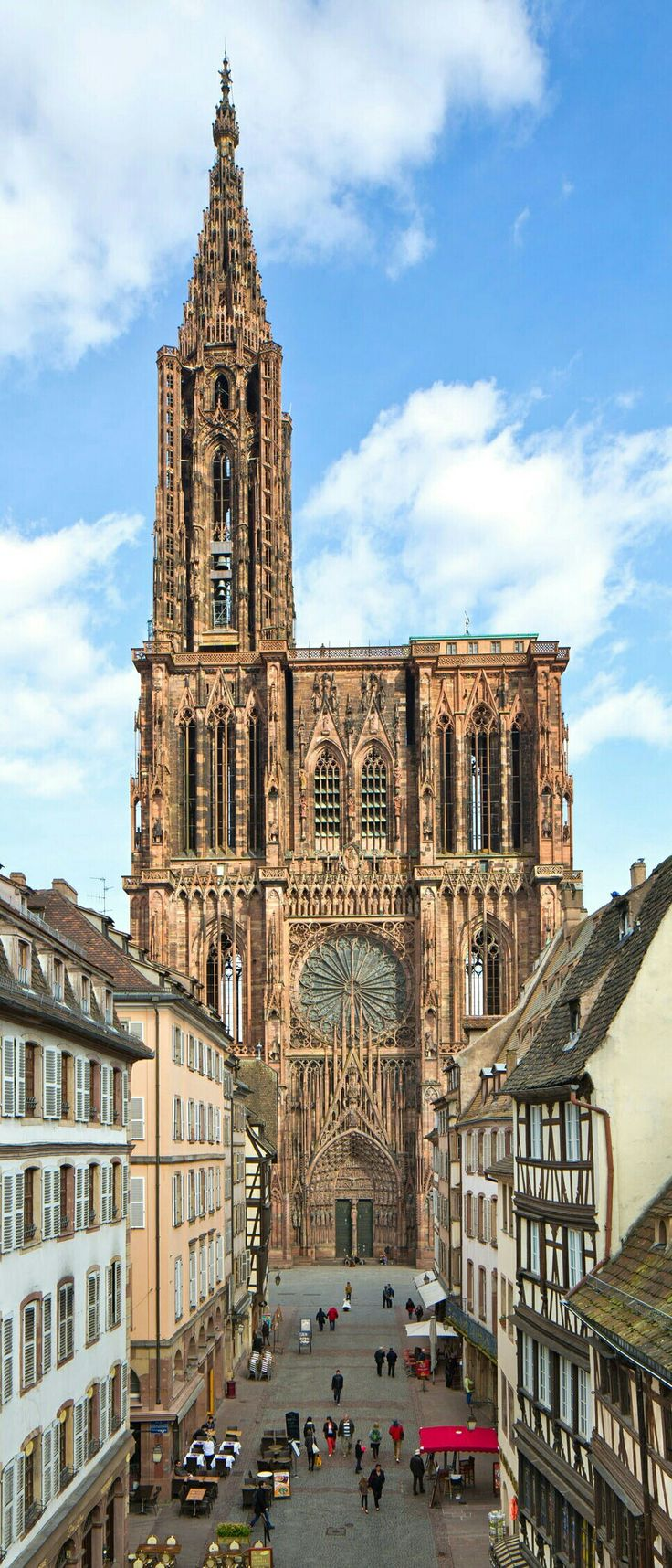 Strasbourg Cathedral: Exterior: Death of the Virgin in