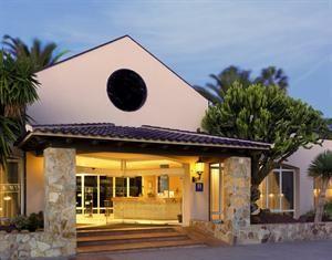 Hotel Atlantis Duna Park  Description: Algemene beschrijving: Atlantis Dunapark Adults only in Corralejo is verdeeld over 2 verdiepingen bestaat uit 2 gebouwen en heeft 79 kamers. Het hotel ligt 50 m van het zandstrand. De...  Price: 399.00  Meer informatie  #beach #beachcheck #summer #holiday