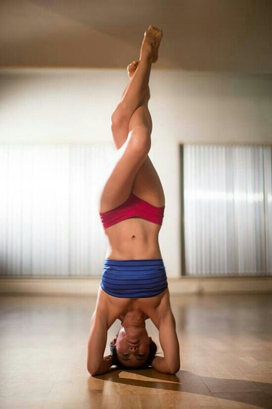 eagle legs headstand #yoga