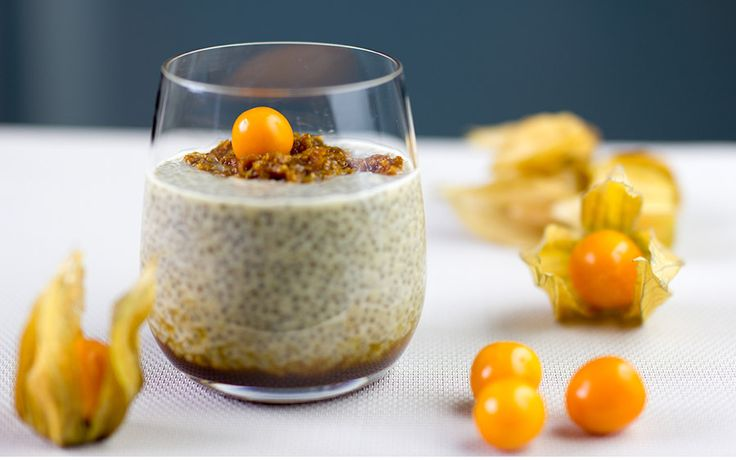 EN: Chia pudding with coconut milk & physalis  SK: Chia puding s kokosovým mliekom a physalisom