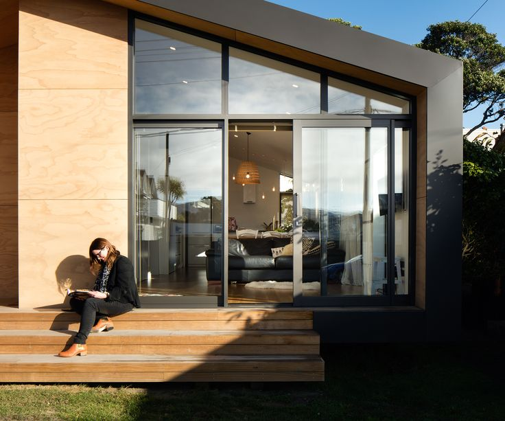 """This family home may be petite, but it cleverly provides the owners with everything they need Family home, Wellington Architects:First Light Studio Floor area:86m2 It almost sounds like the perfect brief. """"They wanted to do something small, clever, good quality and not too expensive,"""" says Eli Nuttall of Wellington's First Light Studio, about his clients' …"""