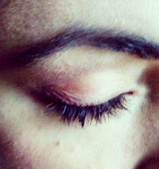 Nature Makeup for shooting  #makeupforeverofficial #makeup #work #maccosmetics #lashes #mua #makeupword #cosmetic #shooting #shootingday #photooftheday #photography #ig_canon #igers #makeupartistsworldwide #makeupartist #eyeShadow #eyebrown #eyeliner #marykay #igersmakeup #palette #brushes #kiko #kikomilano