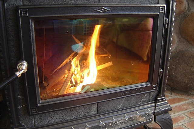 I Just Tried This And It Works Wonders Clean The Glass Of Your Wood Stove By Dipping A Piece Of