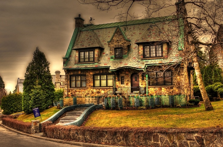 """""""Fairy Tales House"""" in Westmount, Montreal"""