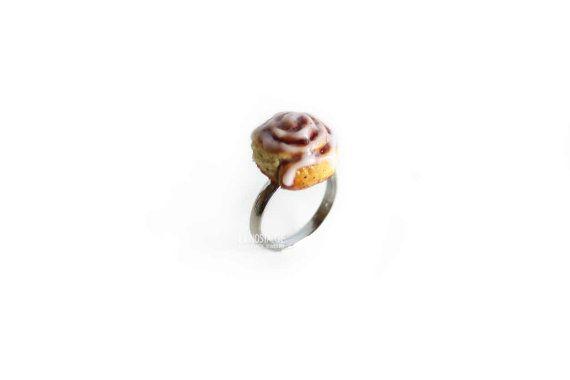Roll de canela, torta anillos, anillo de alimentos, bollos de canela, postre joyas, anillos caída, anillos de vacaciones, regalos de Navidad, regalo de Navidad, Mini comida, kawaii