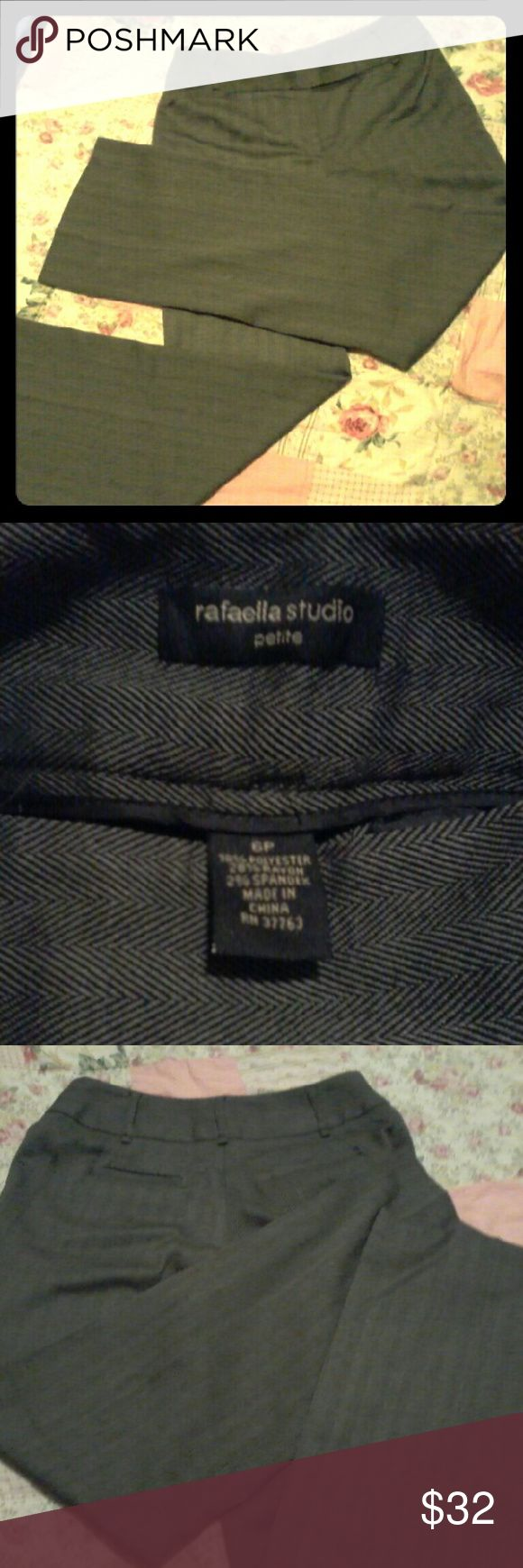Rafaella studio's petite 6P trousers Rafaella, 6 petite, gray pinstripe, trousers, straight leg, perfect condition, no flaws Rafaella Pants Trousers