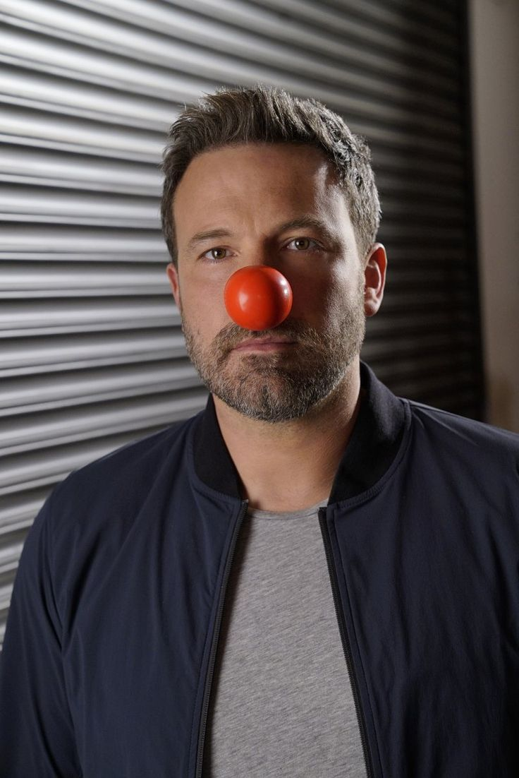 Ben Affleck to do Batman voice on Red Nose Day Special; talks about how fun playing Batman is - http://moviesandcomics.com/index.php/2017/05/18/ben-affleck-to-do-batman-voice-on-red-nose-day-special-talks-about-how-fun-playing-batman-is/
