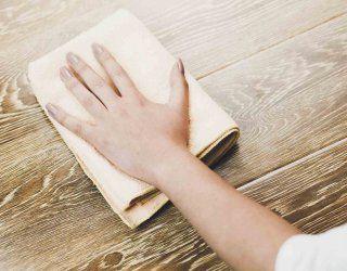 Come pulire il legno le tecniche per detergere e sbiancare