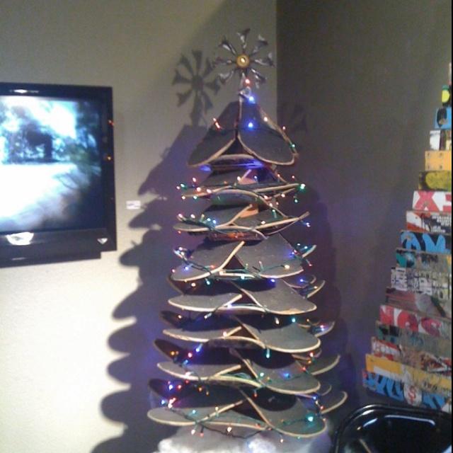 Skateboard Christmas tree