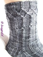 Ravelry: Falling Tears - English Version pattern by Lucy Gerbil