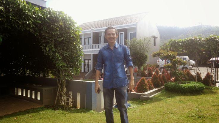 Pusat Pendidikan dan Pelatihan Bekam: H. Galih Gumelar Bekam Bermanfaat Menurunkan Koles...