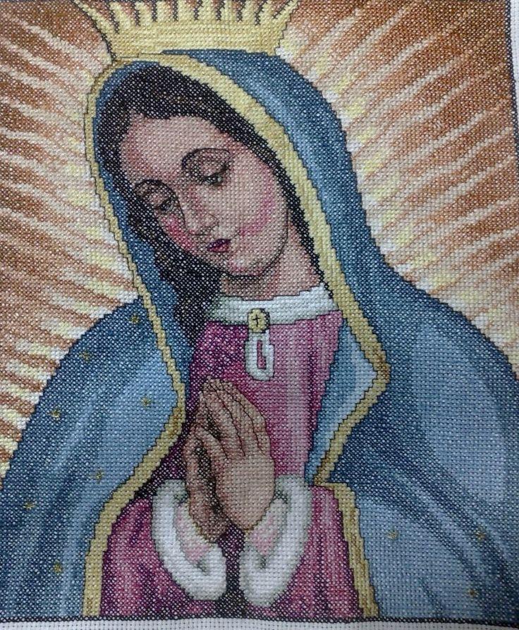 Virgen de Guadalupe en punto de Cruz