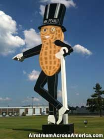 87 Best Mr Peanut Images On Pinterest Planters Peanuts