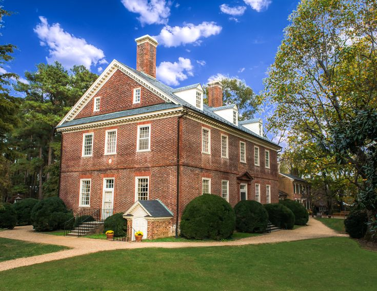 Berkeley Plantation, history, museum, president, Thanksgiving, taps, Harrison, Colonial, antiques, gardens, river, weddings, receptions, corporate events