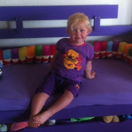 min store prinsesse i hendes lilla seng