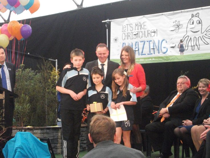 Amazing Place Playground competition. Arnika Brown and students from Mt Somers Springburn School meet PM John Key