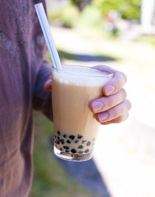 DIY Lychee Bubble Tea @Laura Jayson Nava-Walsh !! We need to do this <3
