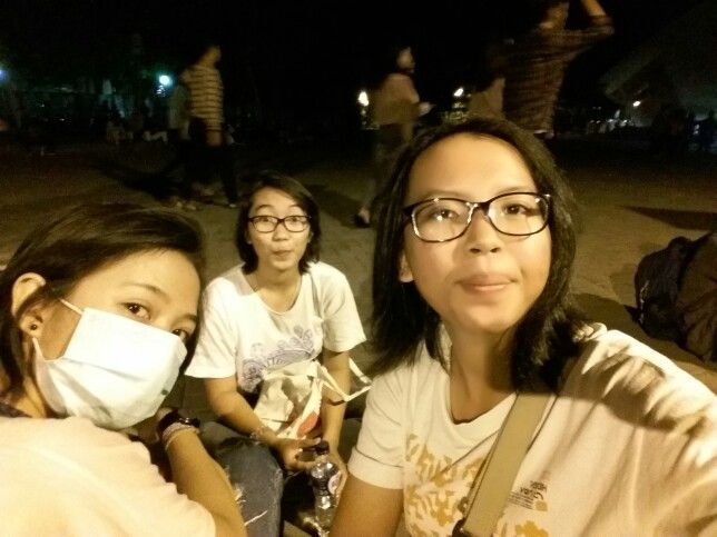 14-11-15 Our first concert w/ the Bitches ❤❤ #ERK #PayungTeduh