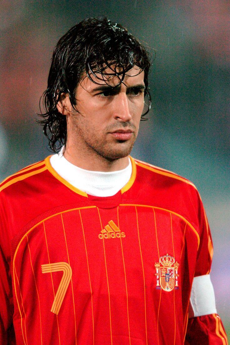 Raul Gonzalez delantero del Real Madrid y la Selección Española