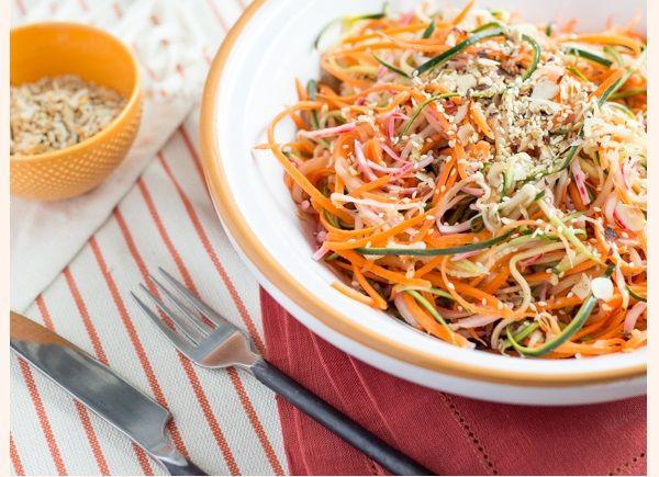 Salade de Légumes Frais en Spirales