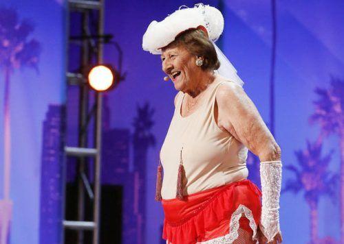 America's Got Talent 2016: Dorothy Williams Gets Golden Buzzer (VIDEO) | Gossip & Gab