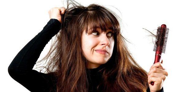 Aşırı Saç Dökülmesi Neden Olur