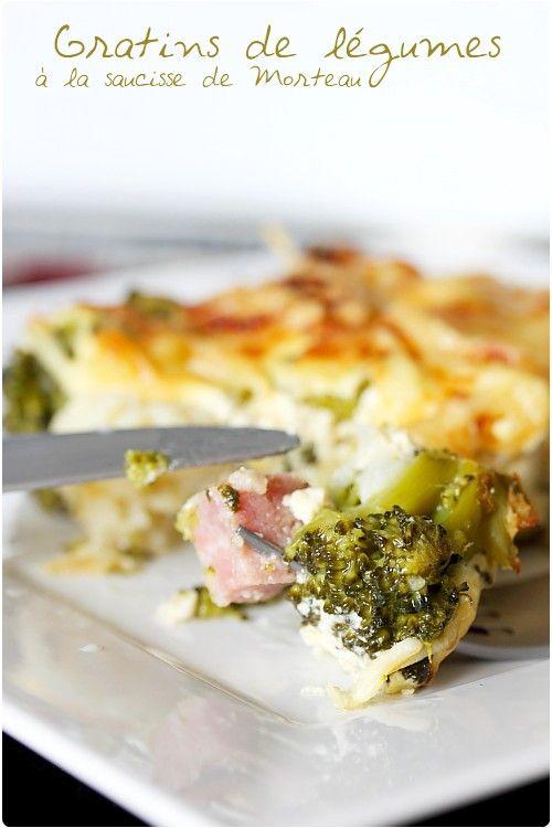 Gratin de brocolis et de chou-fleur à la saucisse de morteau. Recette de gratin de légumes.