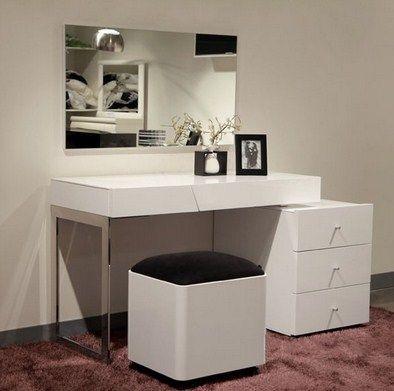 Kami produsen furniture jepara yang menjual Meja Rias Minimalis Cermin Modern…