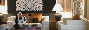 Die Marke inthai steht für zeitlose Möbel- und Flechtwerkkreationen, die sich nicht an zwanghaften und flüchtigen Fashion Trends orientieren. Die Möbel und Accessoires haben einen multikulturellen Einfluss und sind geprägt von Nüchternheit und Eleganz. Den Fokus auf Individualität und kleine Details gerichtet, hat inthai einen eigenen, unverkennbaren Stil geschaffen.