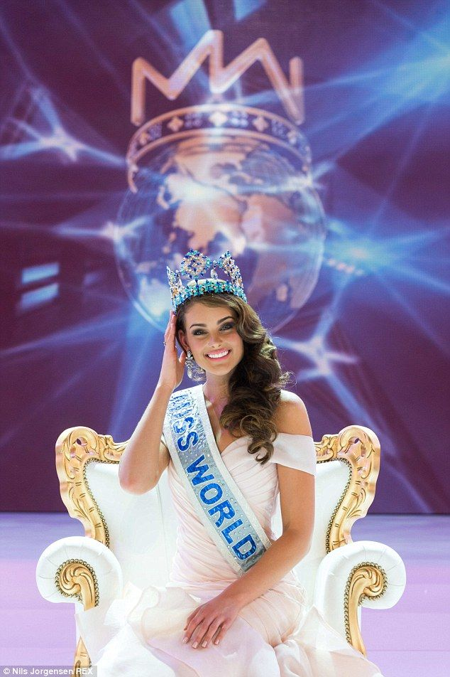 South African Rolene Strauss, 22, was crowned Miss World 2014 in a glittering ceremony in London.