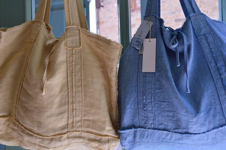 Bolsas de lino tintadas a mano, colores del Mediterráneo, azul y ocre
