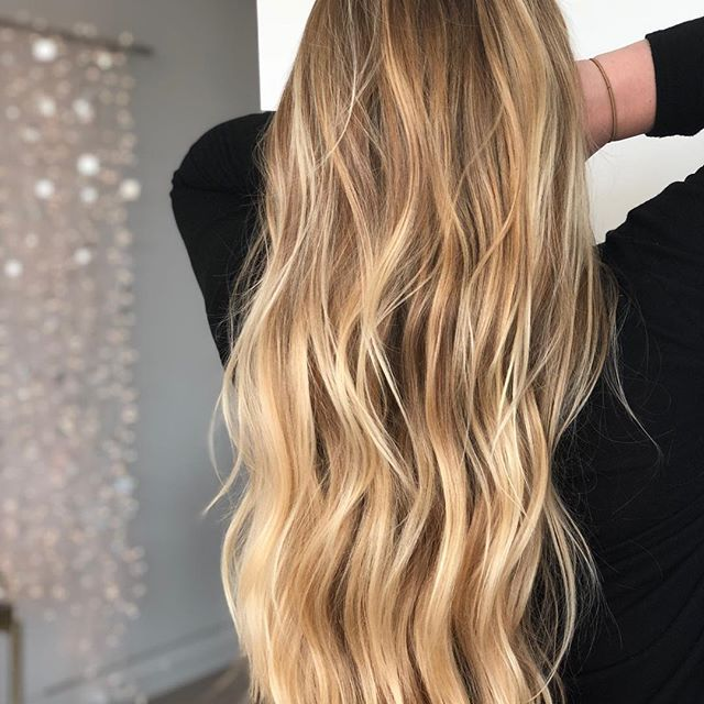 buttery blonde, blonde hair, golden blonde hair, biolage, balayage, hair, hairstyle, beach waves, hairstyle, homecoming hair, blondehair,highligts, highlights