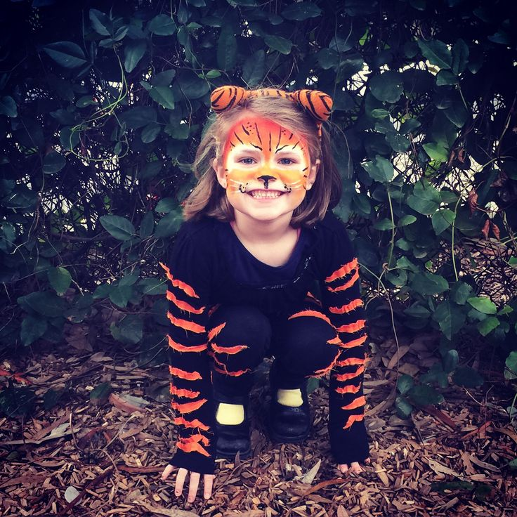 18 best halloween images on pinterest carnivals children costumes kids tiger costume face paint diy solutioingenieria Images