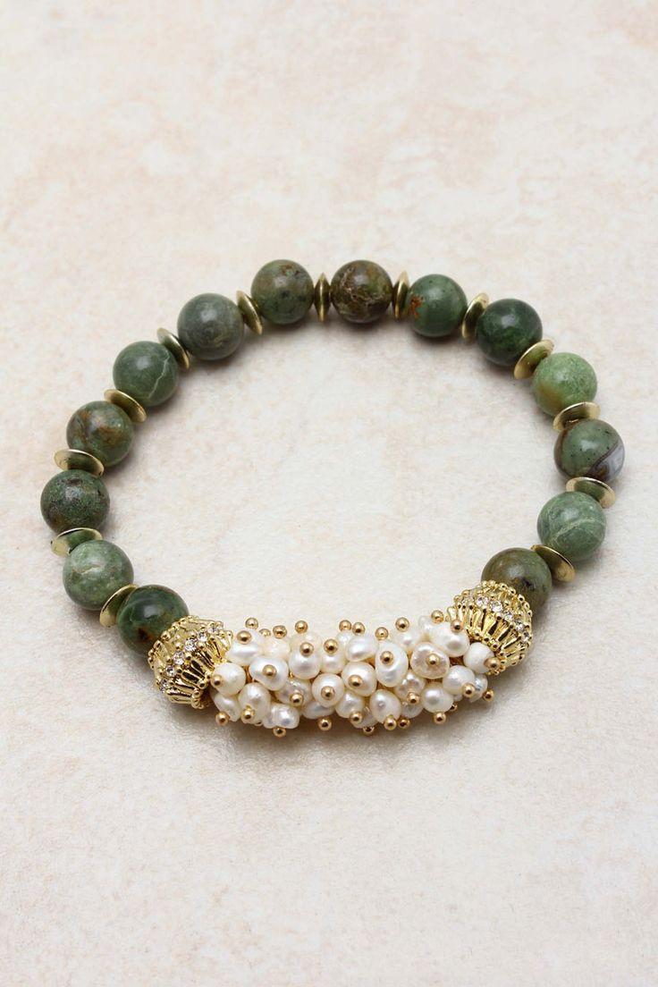 Dianna Pearl Bracelet On Emma Stine Limited