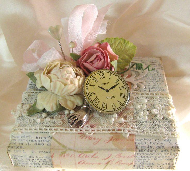 Unruly PaperArts: Shabby Chic Clock-Inspired Wedding Set unrulypaperarts.blogspot.com