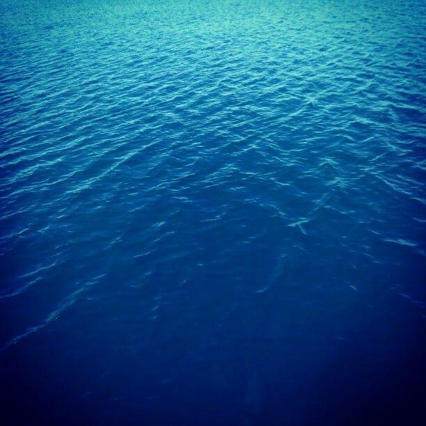 Στο γαλάζιο