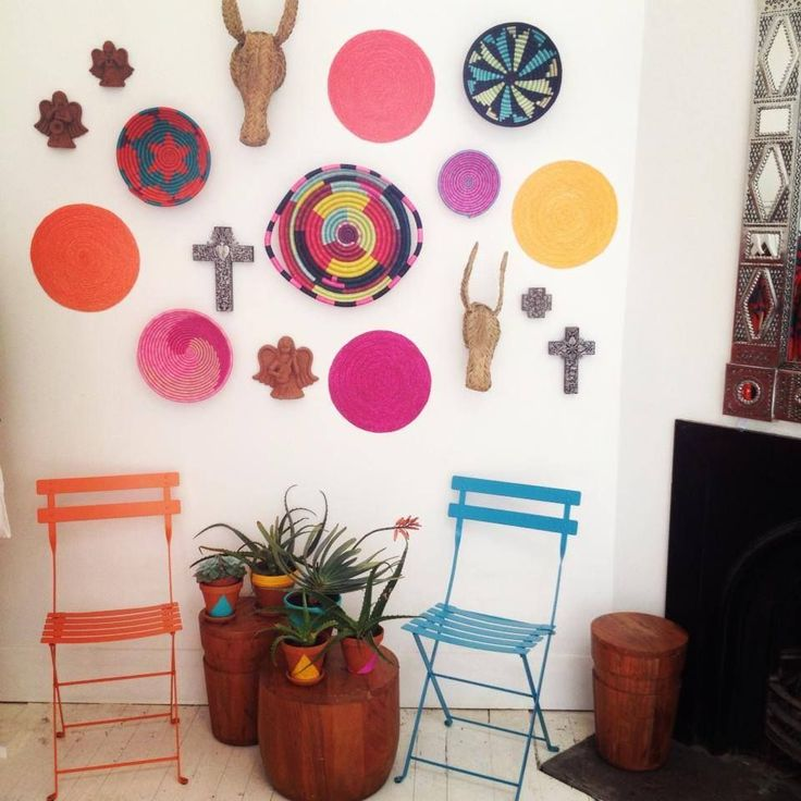 Contemporary / modern Mexican interior and wall decorations by Mister Zimi.