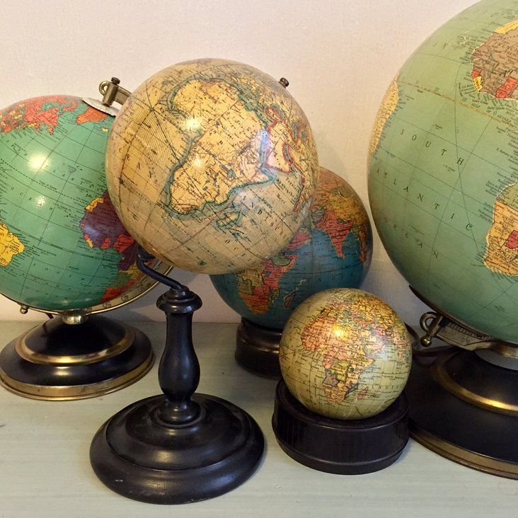 """J. Felkl & Sohn globe was made in Prague circa 1900. Labeled in German, the globe is entitled """"Die Erde"""", which means the The Earth."""