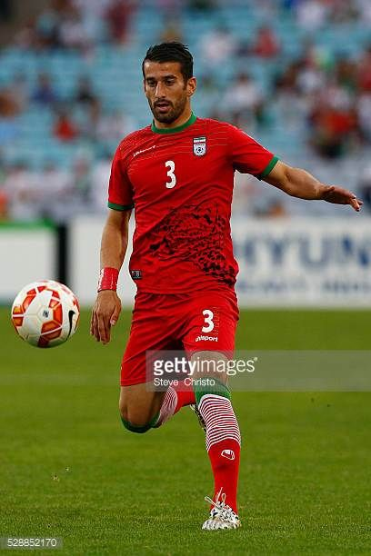 Iran's Ehsan Haji Safi in action against Qatar at Stadium Australia Sydney Australia Thursday 15th January 2015
