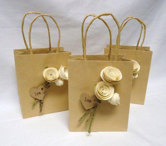 Wedding favor bags. wedding gift bags. gift bags. Paper rose wedding favor. Ivory roses. Wedding favors on Etsy, $9.20
